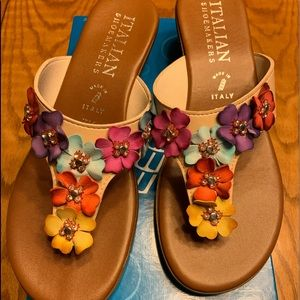 Italian Women's Shoemakers Sandals Sz 7.5 New